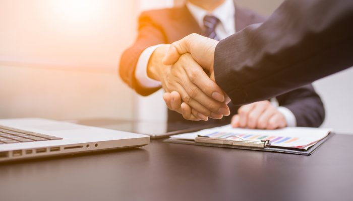 Why-a-Written-Contract-Is-Better-Than-a-Handshake